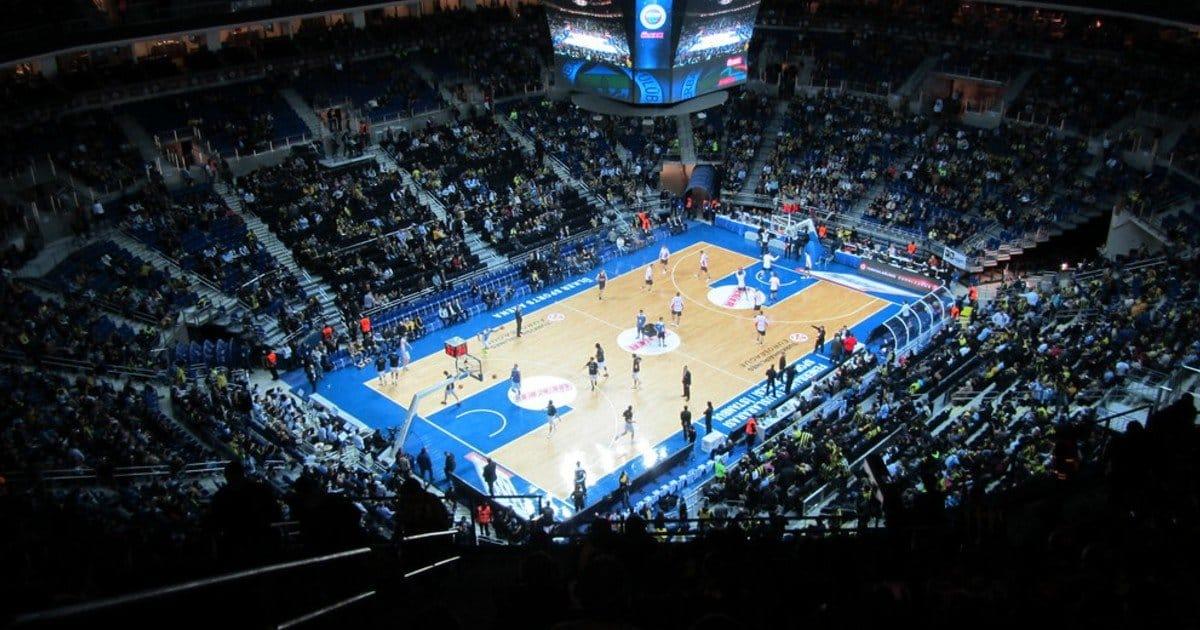 la final four di basket al via questa sera