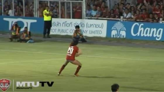 Gol ed esultanza di Gjurovski in Thai Premier League