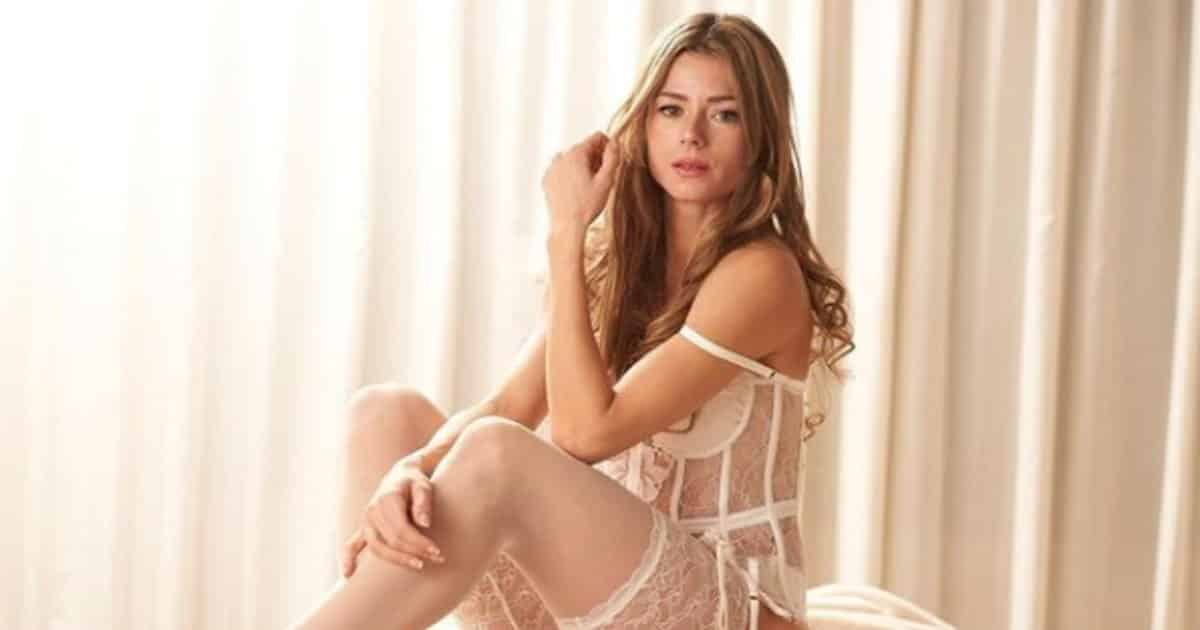 Camila Giorgi tra tennis e moda: le foto in intimo da modella su Instagram.