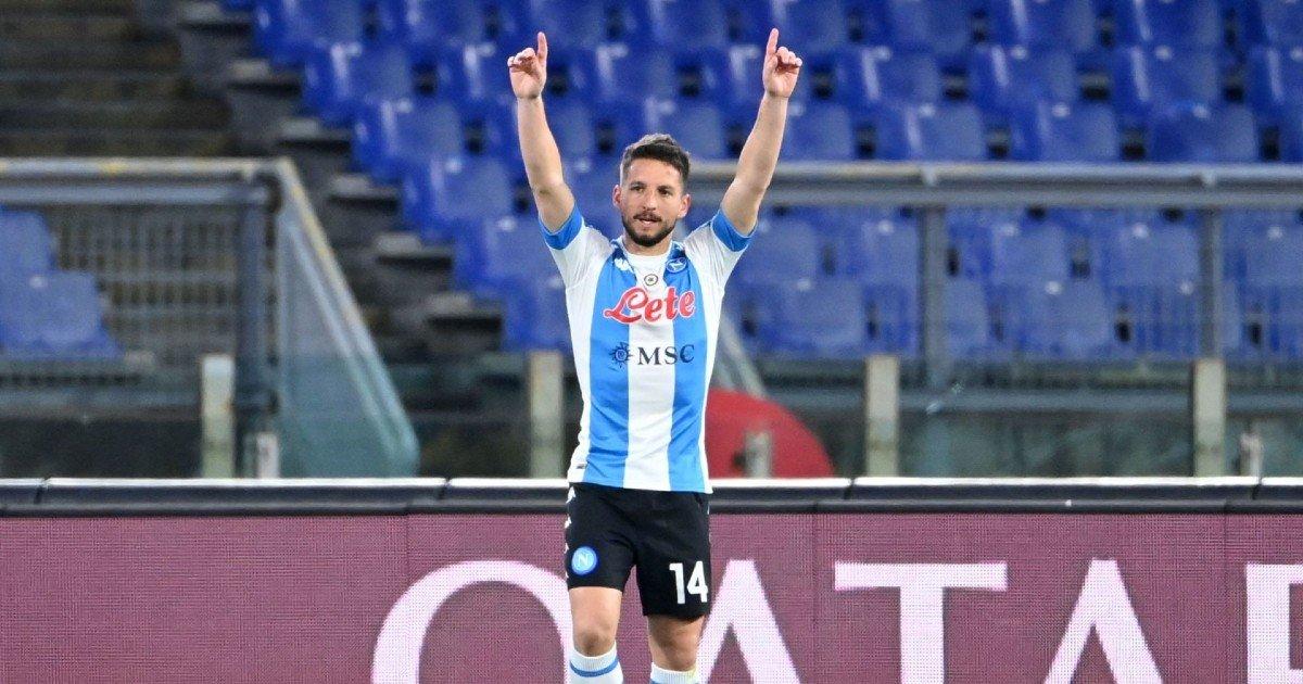 """Mertens svela i suoi sogni: """"Gioco fino a 40 anni, a Napoli sono un re"""""""