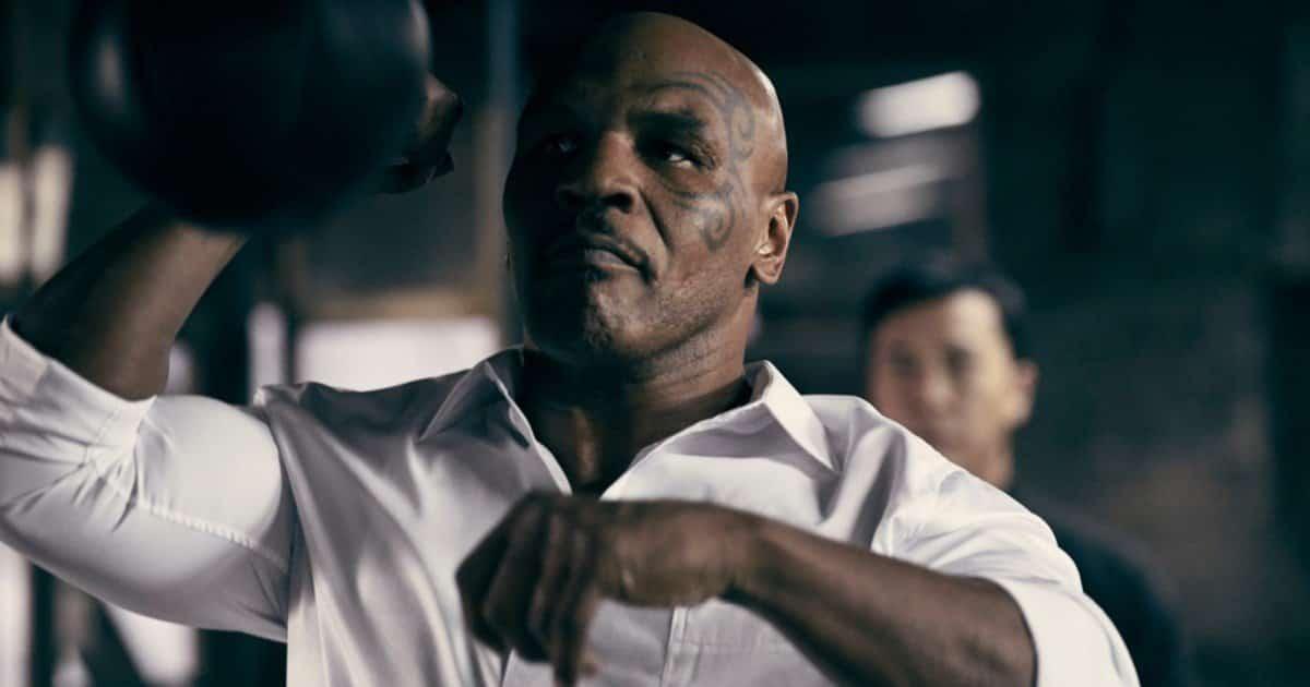 "Mike Tyson svela: ""Sfiderò Lennox Lewis a settembre"""