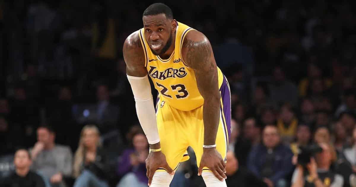 """LeBron James abdica: """"Non siamo stati squadra"""""""