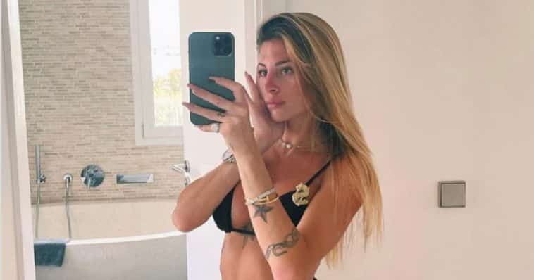 chiara nasti Mattia Zaccagni share hibet social