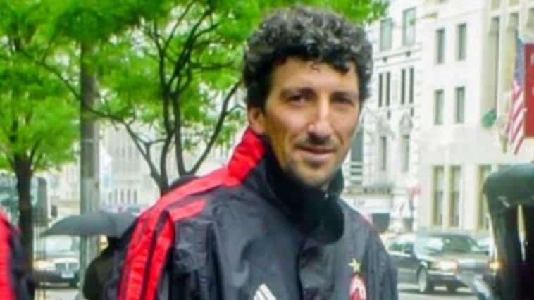 Dario hubner Milan share hibet social