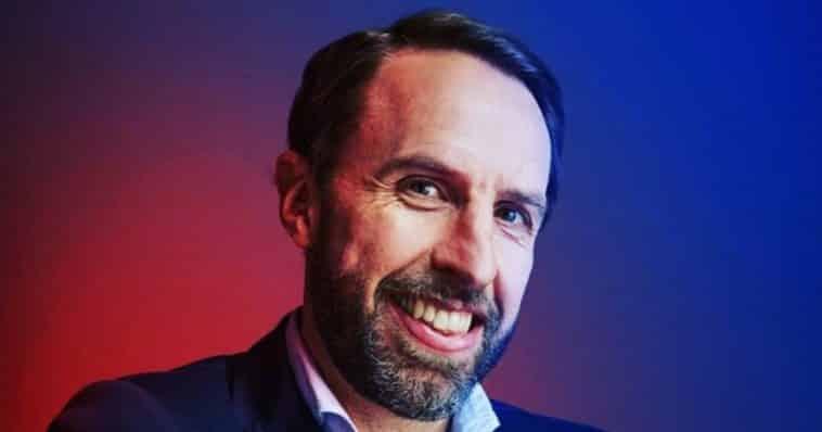 Gareth southgate share hibet social