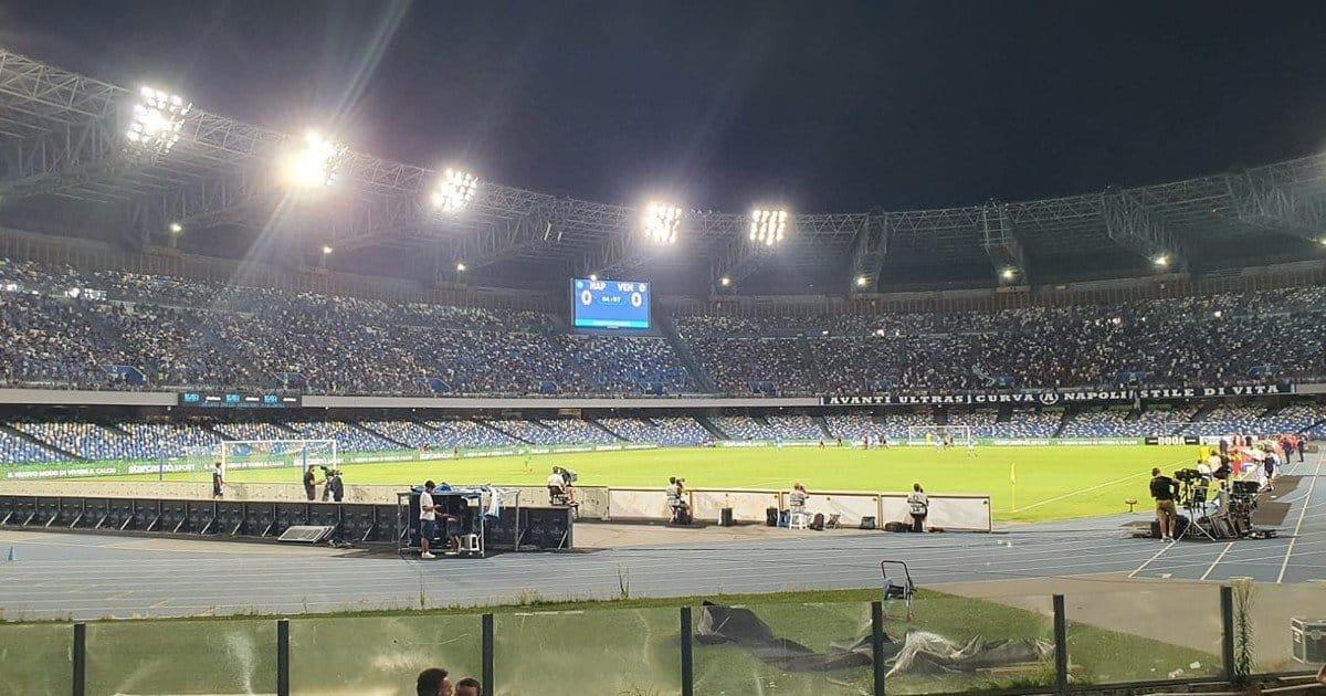 Ritornano i tifosi allo stadio ma quanti vuoti sugli spalti...