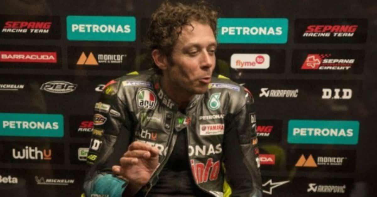 """Valentino Rossi, il sogno del papà: """"Volevo vederlo in Ferrari"""""""