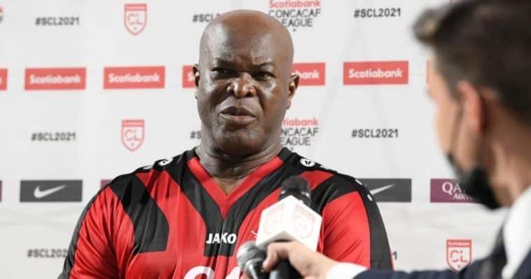 calciatore più vecchio Concacaf League share hibet social