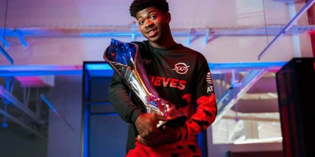 Lil Nas X 100Thieves Worlds share hibet social